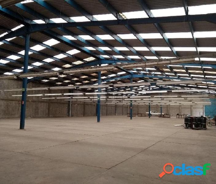 Nave Industrial en Venta de 2000 m2 en Lerma.