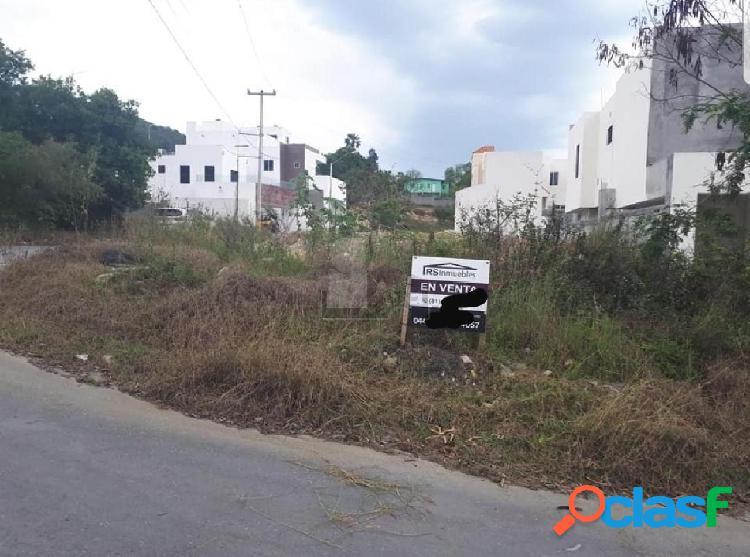 Terreno habitacional en venta en Bosque de San Pedro,
