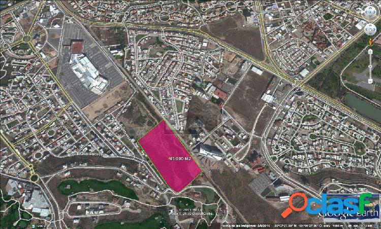 Terreno habitacional en venta en Lomas del Tecnológico, San