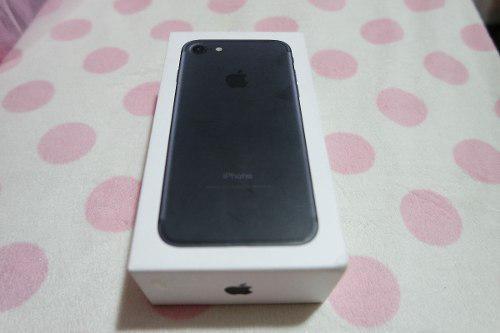 Celular Apple iPhone 7 32gb Negro Libre A Tratar