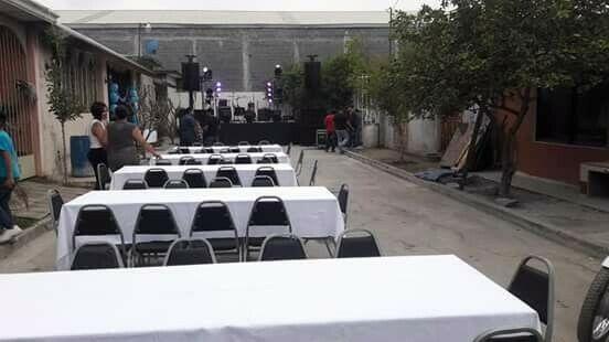 Renta de sillas y mesas en Escobedo centro