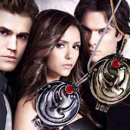 Collar Con Dije Relicario Vampire Diaries Elena Guardapelo