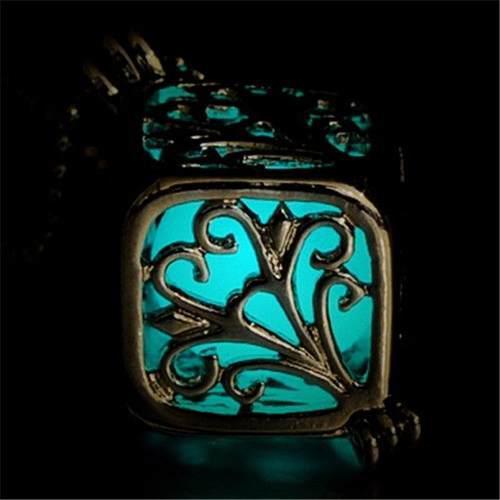 Collar Fluorescente Luminoso Brilla En La Oscuridad Cubo