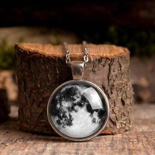 Collar Luna Llena Azul Glow Brilla En La Oscuridad