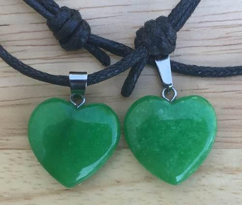 Dije Corazón Jade Malasio Natural Collar Nudo Corredizo