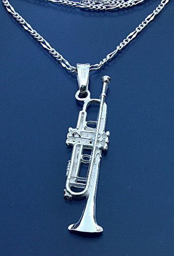 Dije De Trompeta Con Cadena En Plata Ley.925 Sterling Silver