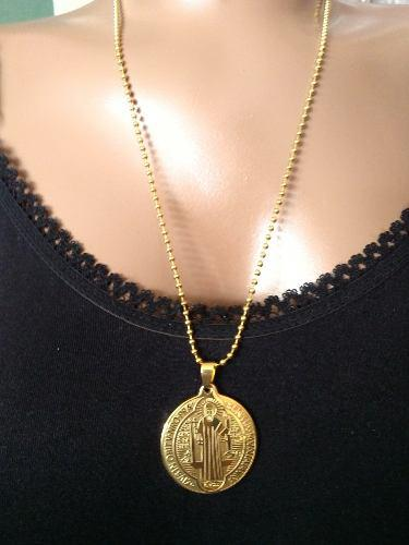 Dije Medalla San Benito Grande Acero Inoxidable Dorado 316l