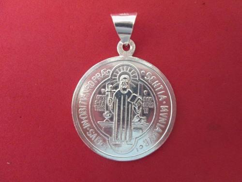 Dije O Medalla De San Benito En Plata Fina.925 2.6 Cms.