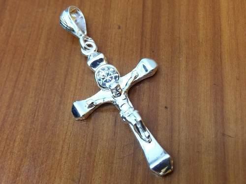 Dije Plata Ley 925 Cruz Y Cristo Con Piedra De Zirconia D12