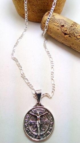 Medalla De San Benito Y Cristo En Plata Fina.925 Con,cadena
