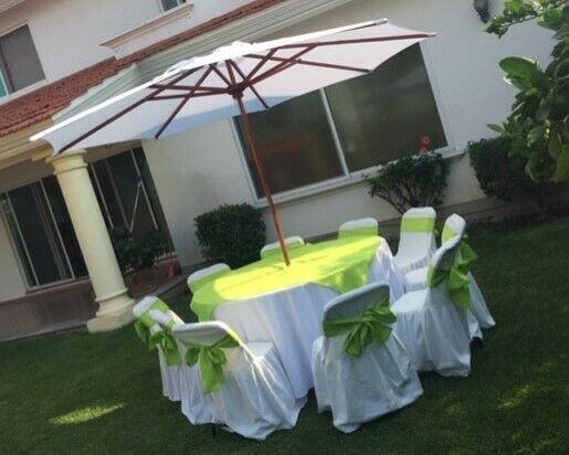 Renta de sillas, mesas redondas, tablones, sombrillas,