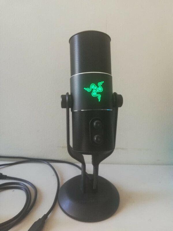 Micrófono Razer Seiren Elite Usb Digital Gamer Pro (usado)