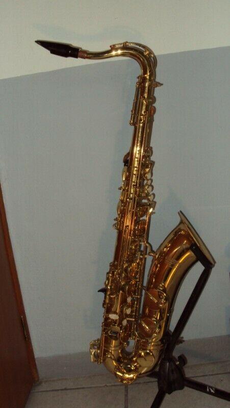 Saxofon Dixon Super Deluxe WWX525