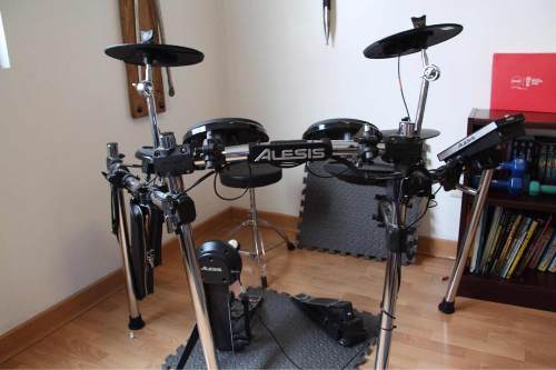 Batería Eléctrica Alesis Forge Advance Drum Kit 8 Pzs.