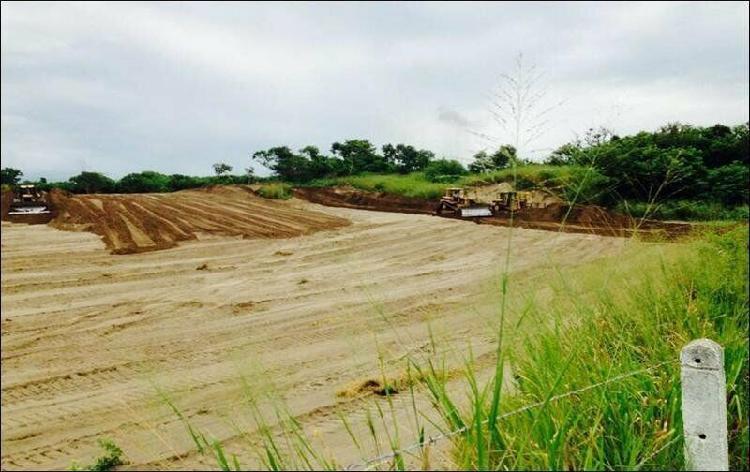 Terreno en Venta a orilla de carretera La Antigua-Veracruz /