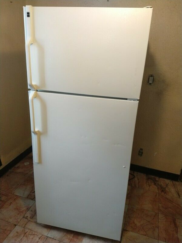Se vende Refrigerador HOTPOINT 14.6 Pies 2 Puertas Blanco