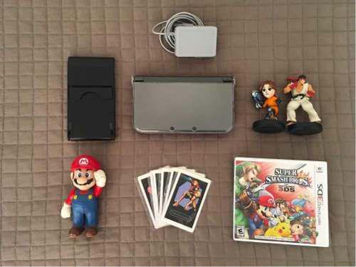 New Nintendo 3ds Con 2 Juegos Y Accesorios