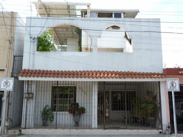 Venta de casa habitación en San Nicolás de los Garza