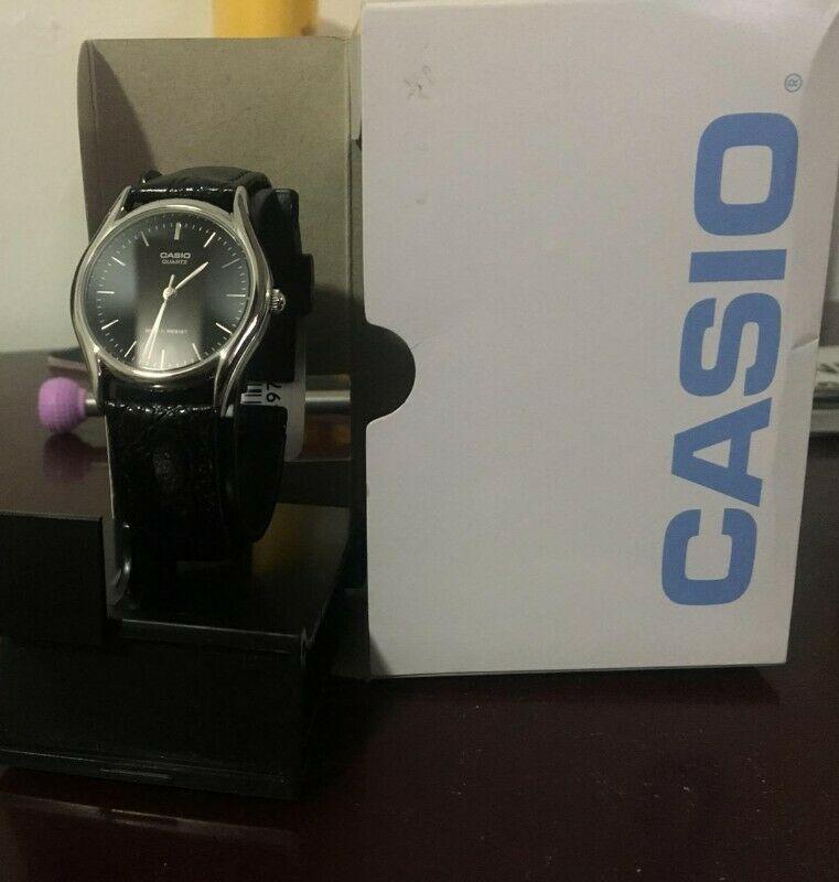 Casio Clásico Negro nuevo en caja