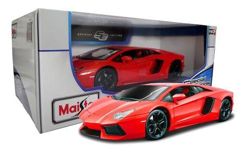 Lamborghini Aventador Coupe Maisto 1:18 Diecast Lava
