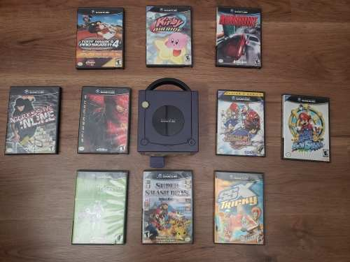 Nintendo Game Cube Y 10 Juegos (incluye 1 Control)