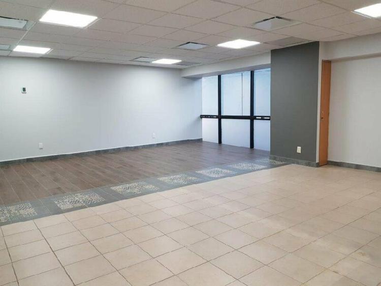 Oficina en Renta en Edificio Tec 100 120m2
