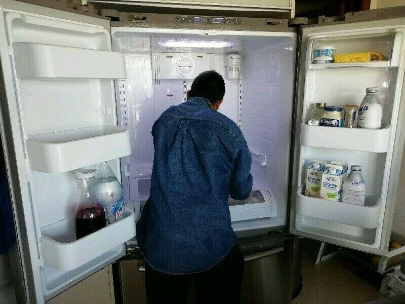 Reparación de Refrigeradores y Enfriadores. Carga de gas