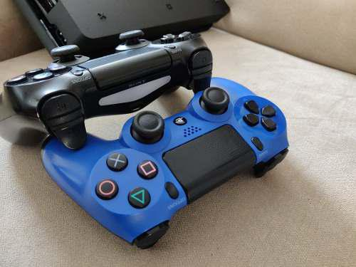 Remato Consola Play 4 Ps4 Slim 500gb 2 Controles 2 Juegos Or