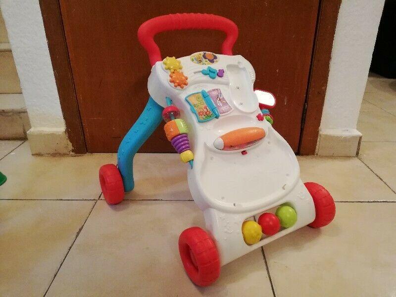 Caminadora andadera Fisher price para bebés