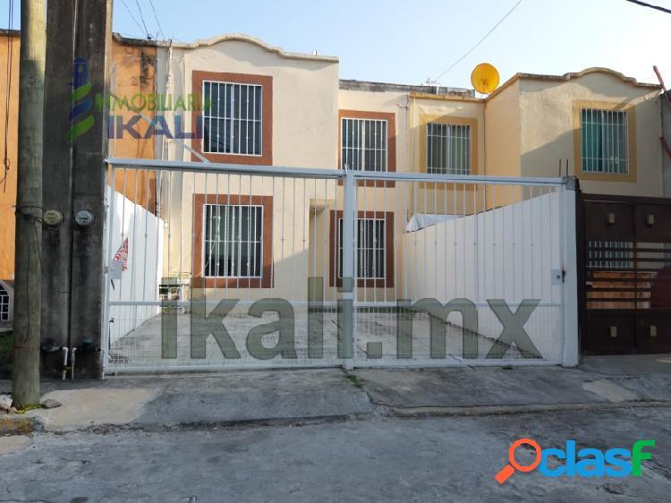 Renta Casa 3 recamaras Col. Bella Vista Poza Rica Veracruz,