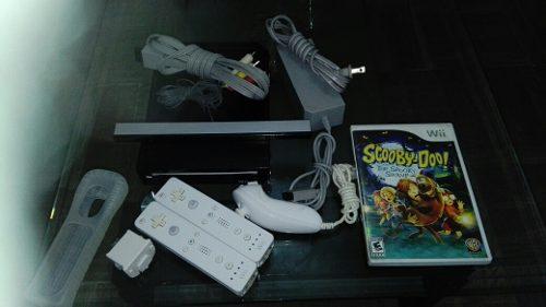 Wii Color Negro, Con 2 Controles, 1 Juego Y 1 Suicht.