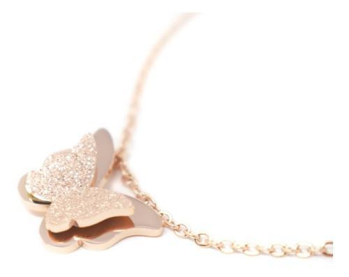 Collar Con Dije De Mariposa Baño Rosa Oro Para Mujer