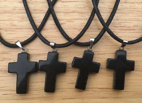 Dije Cruz Ónix Negro Natural Collar Cuerda Nudo Corredizo