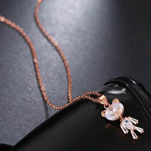Hermoso Collar De Cristales Con Dije En Forma De Oso
