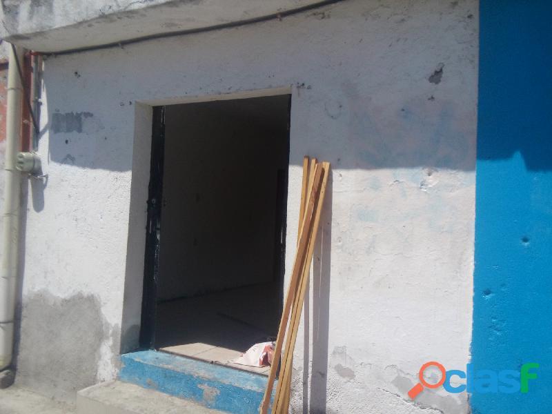 Local en renta entre Fraternidad y Ópalo, Qro Qro