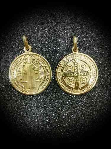Medalla Oro 14k San Benito #184 Bautizó Comunión