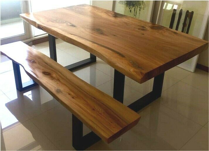 Mesas con 2 bancas rústicas de 100% madera de sabino. De