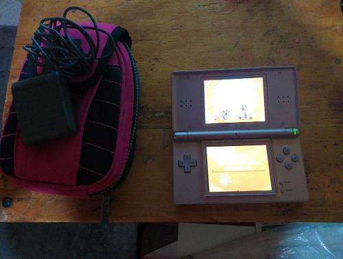 Nintendo Ds Lite Rosa Metalico +stylus+ Cartucho + Estuche.
