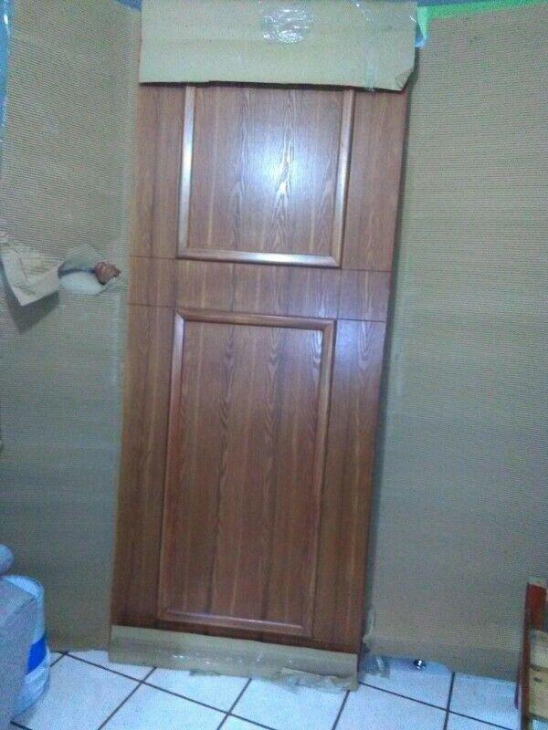 Vendo puerta de madera de tambor
