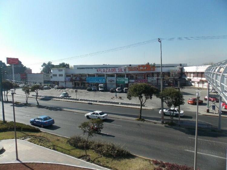 Importante Plaza Comercial de Metepec con Excelente
