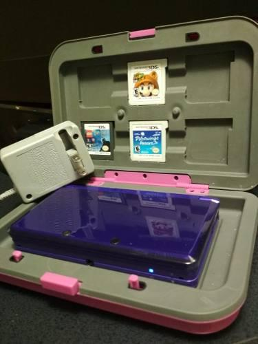 Nintendo 3ds Morado Con Estuche Y 3 Juegos