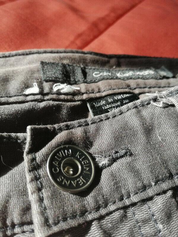 Pantalón Calvin Klein (original) talla 30