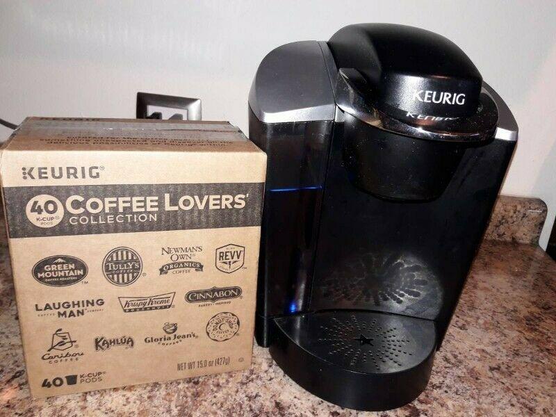 Maquina para hacer cafe al momento mas caja con 40 cups de