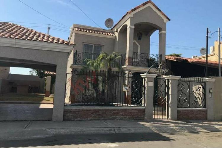 SE VENDE Preciosa casa en unas de las mejores privadas de