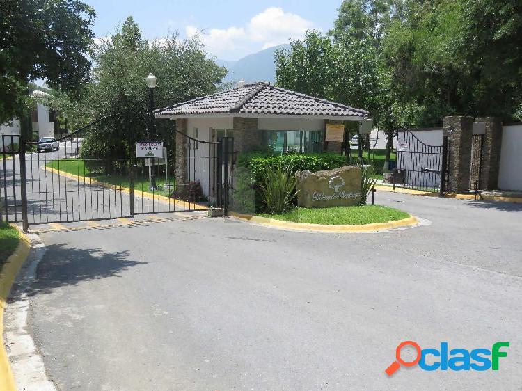 Terreno residencial en venta en Hacienda de Santiago Cola de