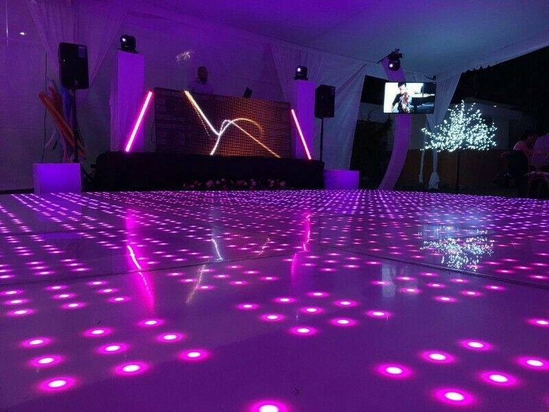 pista de baile iluminada (luz y sonido)