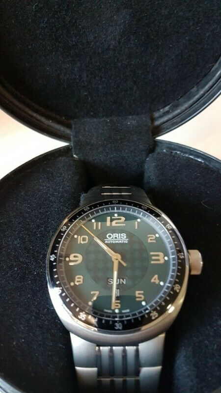 Reloj ORIS Swiss Made modelo TT 3 TITANIUM Case ANTI- REFL