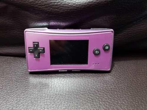 Consola Gameboy Micro Violeta.