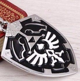 Dije Cadena Escudo Legend Of Zelda Negro Y Cromo