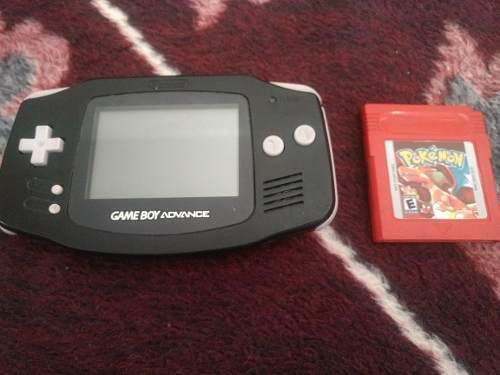 Gameboy Advance + Pokémon Red